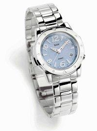 Tyto chvilky vám dokáží ještě více zpříjemnit kvalitní rádiem řízené dámské  hodinky CASIO z nové kolekce Felite. Elegantní LWQ-140DE-2AVER i módní ... 5c8122bc9b