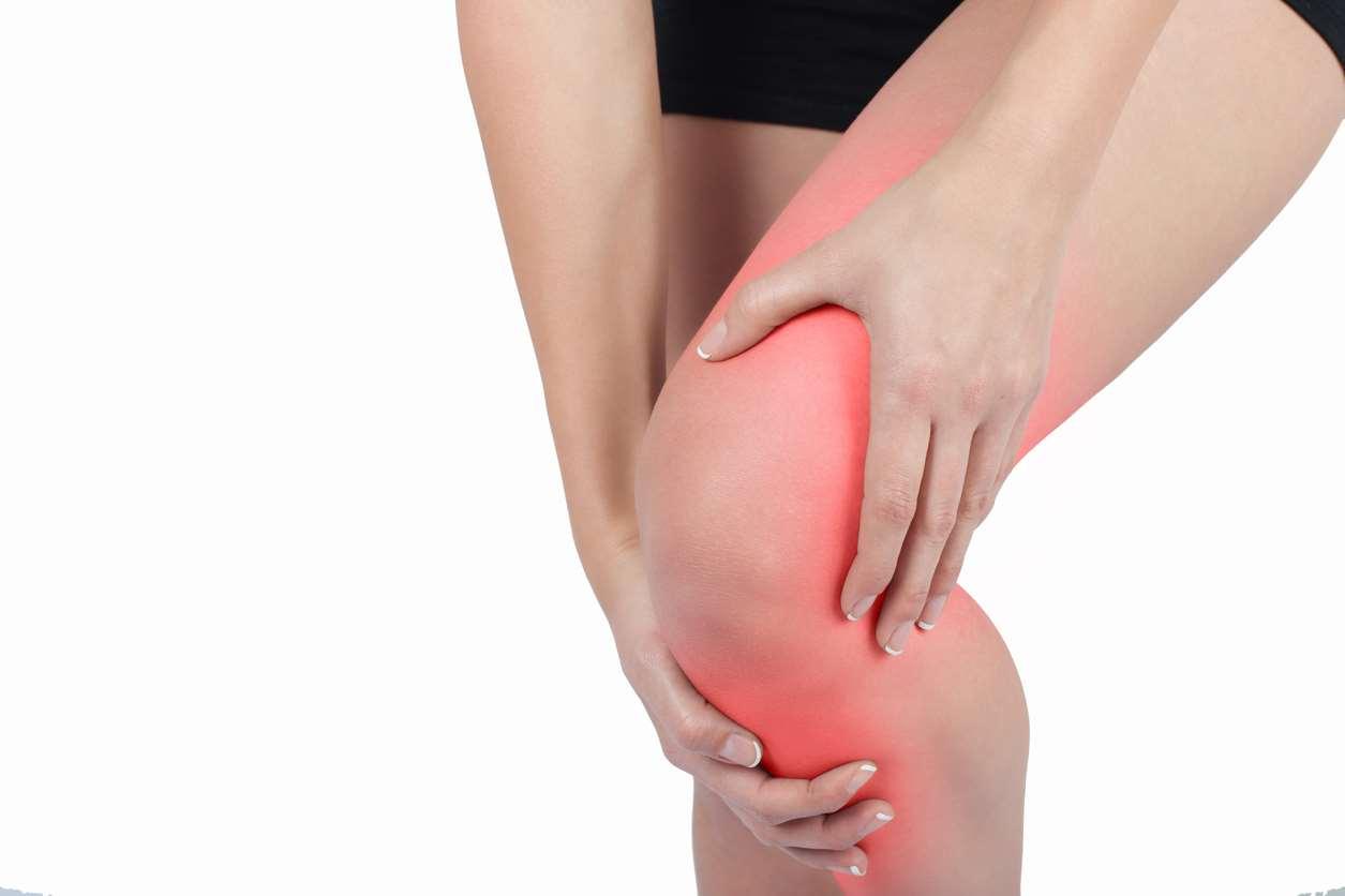 Hogyan és hogyan lehet eltávolítani a lábak duzzanatát a térd artrózisában